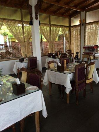Te Aroha Dhanachuli: Dining area