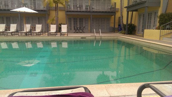 The Lafayette Hotel, Swim Club & Bungalows: Great swimming pool