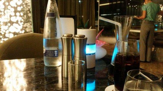 Nahaam : Table view
