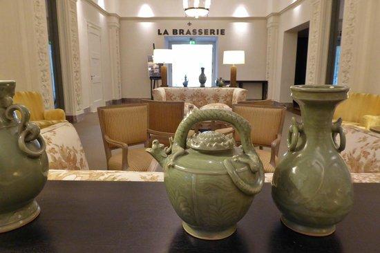Hotel Pullman : Lounge vor dem Restaurant La Brasserie