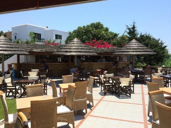 Naxos Resort Beach Hotel : Poolbar