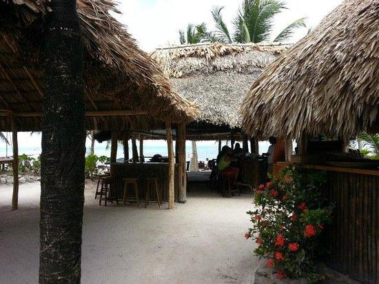 Caribbean Villas Hotel : tiki