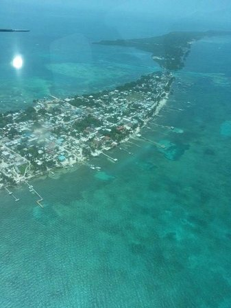 Caribbean Villas Hotel : ambergris by air