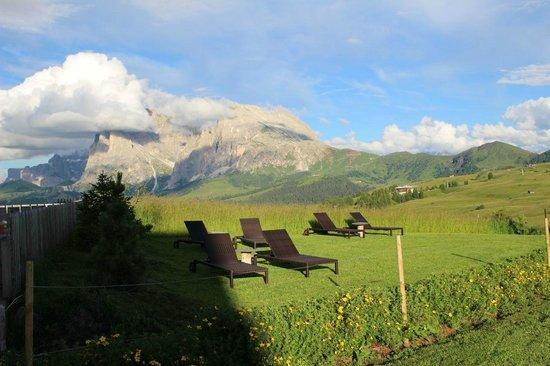 Alpenhotel Panorama: Lettini per il sole