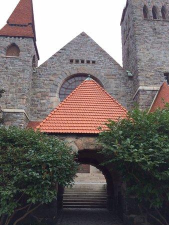 Tampere Cathedral: Entrata per la chiesa