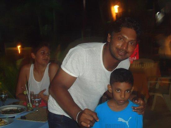 Tartaruga Hotel & Beach Restaurant: SL cricket team member Sanga at tartaruga