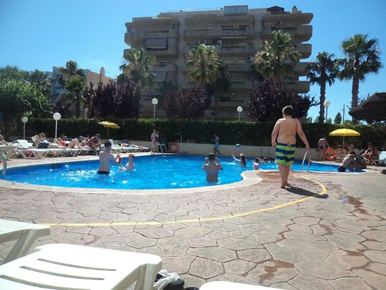 Hotel Villamarina Club: one of the 2 pools