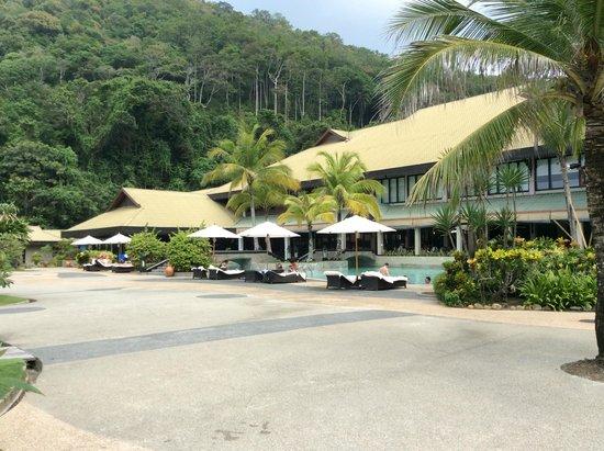 The Taaras Beach & Spa Resort : Pool area