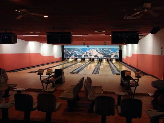 BEST WESTERN PREMIER Grand Canyon Squire Inn : Bowling Alley at Best Western Squire Inn, Grand Canyon