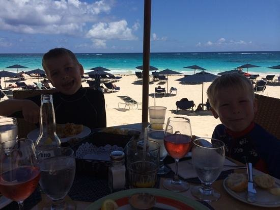 Mickey's Beach Bistro and Bar : the view from the table