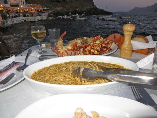 Taverna Katina: Lobster spaghetti! Yummmm