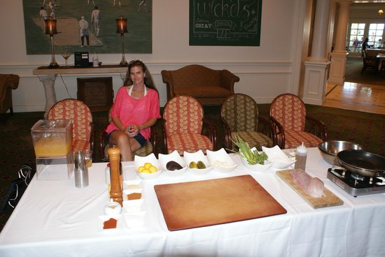 Fairmont Southampton : Waiting for Chef Nicholas and his food demo
