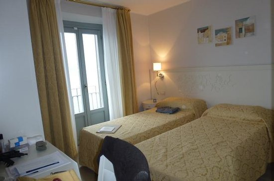 Hotel Metropole Bellagio: Room 339 - Third Floor