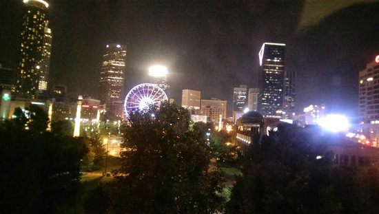 Embassy Suites by Hilton Atlanta - at Centennial Olympic Park: Night view from room 546