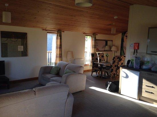 Yellowscott Country Park: Lomond 6 lounge