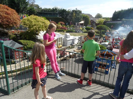 Bekonscot Model Village : Even the 12 year old enjoyed it
