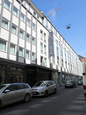 Marc München : Hotel