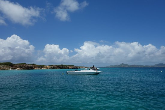 Captain Alan's Three Island Snorkeling Adventure : Scenes from our trip