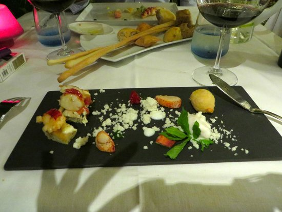 il buco Sorrento: get the lobster appetizer! that's beer ice cream on there with deep fried lobster!