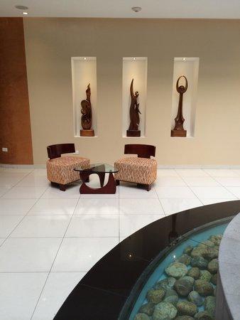 Mercure Hotel Alameda Quito : Lobby