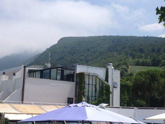 Hotel Emilia : la parte superiore è molto mal tenuta