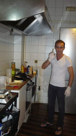 The Boutike Hostel: cooking!