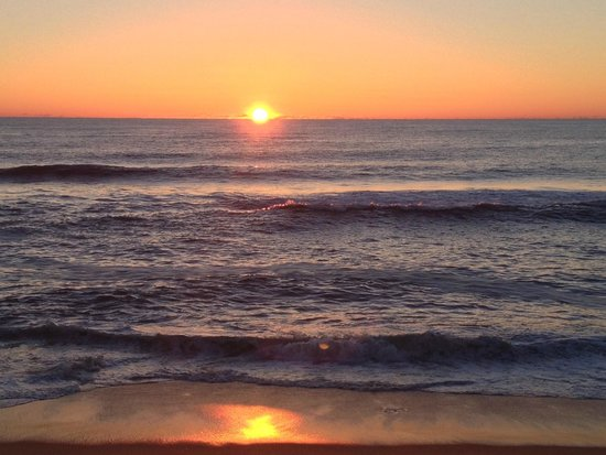 Cape Hatteras Motel : OBX Sunrise everymorning