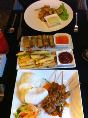 The Plantation - urban resort & spa: Des tapas asiatiques :-) Miam