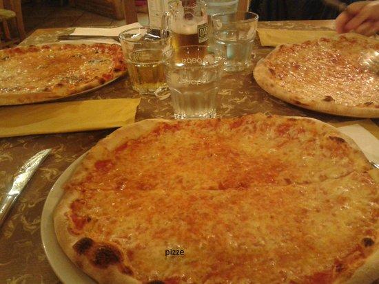 Pizzeria La Sgeva: pizze!