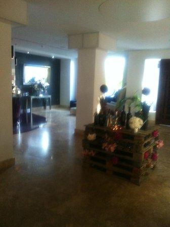 Hacienda Señorio de Nevada: Hotel Lobby