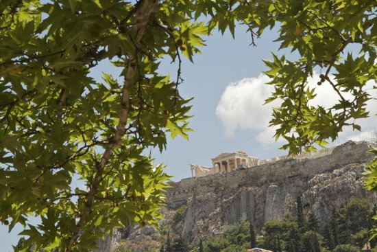 Private Greece Tours : View of the Acropolis from the Temple of Hephaestus