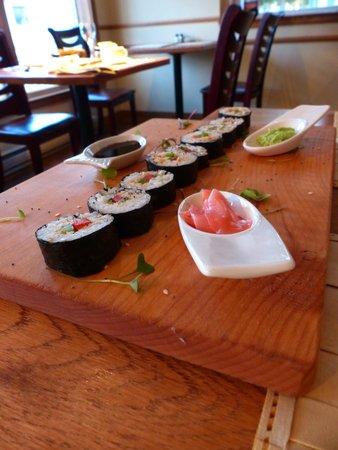 Hooked Gastropub: Sushi