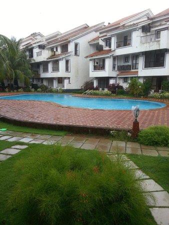 DoubleTree by Hilton Hotel Goa - Arpora - Baga: Pool