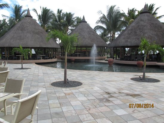 La Pirogue Mauritius : Outer area of Thatches Restuarant