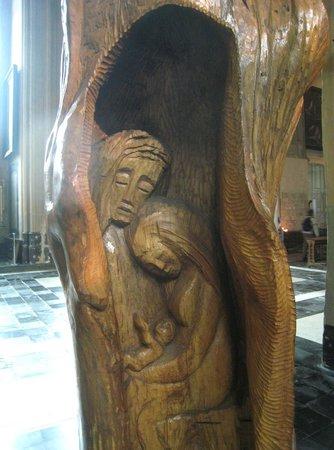 Onze-Lieve-Vrouwekerk: Work of art