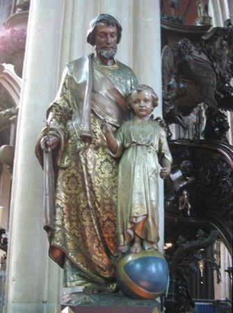 Église Notre-Dame (Onze Lieve Vrouwekerk) : Serene