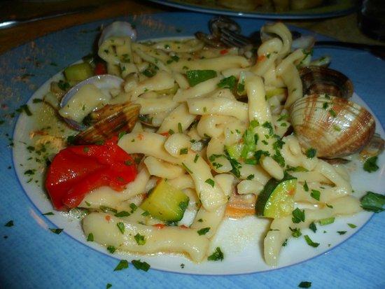 Ristorante Ruccio: Scialatielli con zucchine e frutti di mare