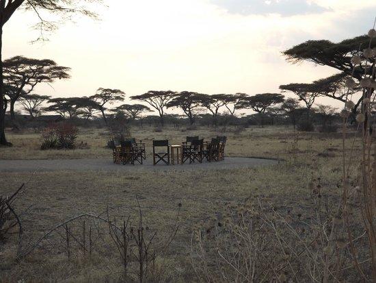 Ndutu Safari Lodge: le feu de camp