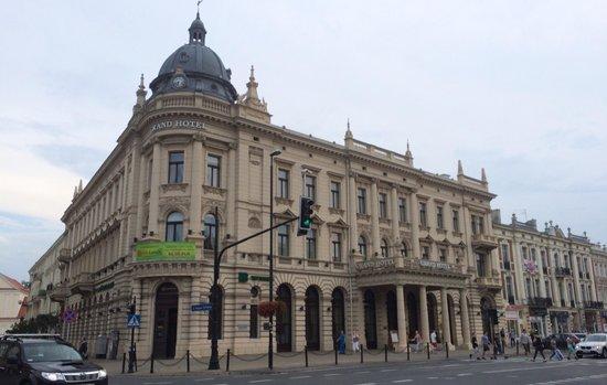 IBB Grand Hotel Lublinianka : Hotel at day