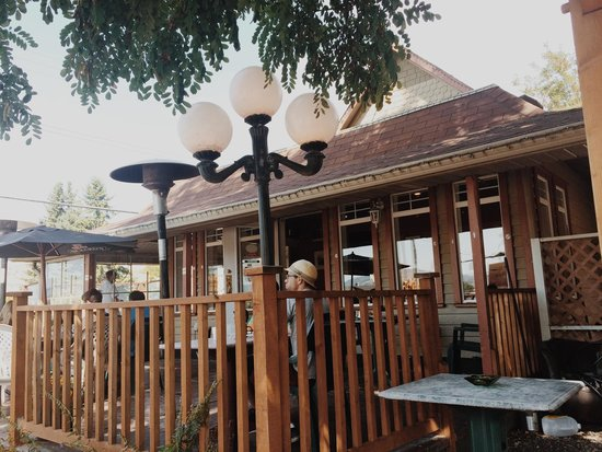 Bean To Cup Coffee House : Terrasse