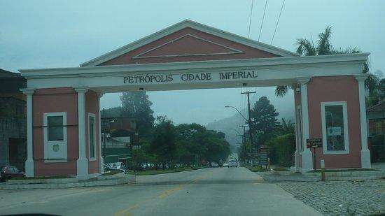 Portal de Entrada de Petropolis