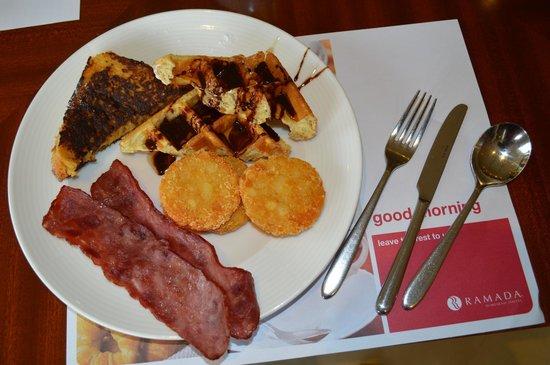 Ramada Jumeirah : breakfast!