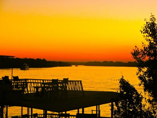Victoria Falls Waterfront: sunset at the waterfront