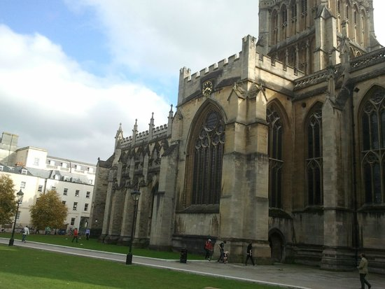 Bristol Cathedral : Cathedral I