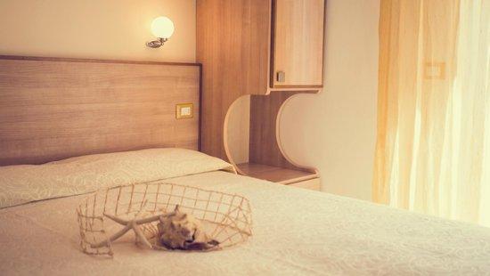 """Hotel Trieste : Camera """"Desiderio"""""""