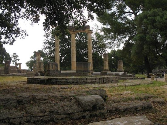 Ancient Olympia: Temple ruin