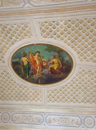 one of the many painted ceilings in the hotel Gresi