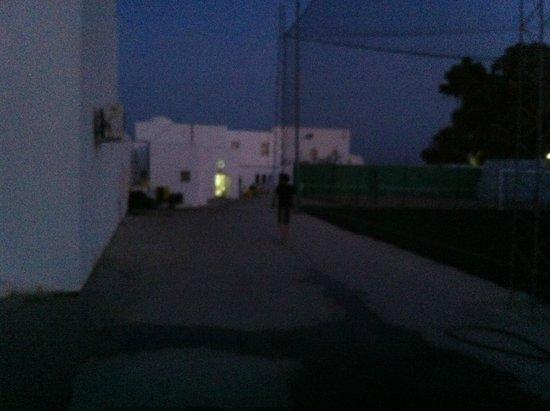 Samira Club: Chambre A 916 en face du stade de foot