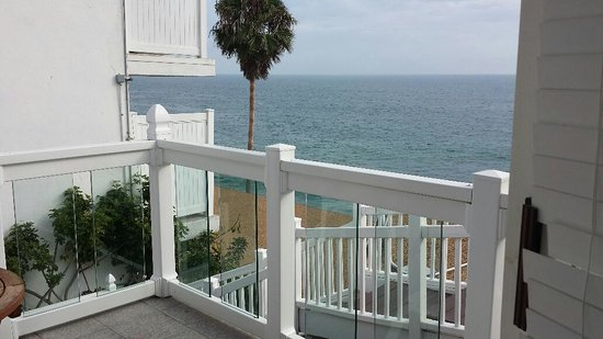 Capri Laguna On The Beach : Room 752 Private Patio - Hear the ocean waves below!
