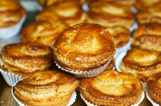 A Bijou de Cascais: Chicken Pies